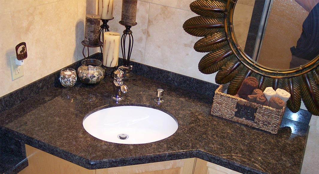 Steel Rock Vanity with Drop Down Banjo Top