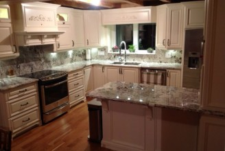 Bianco Alaska with Ogee Edge Profile and Full Height Backsplash